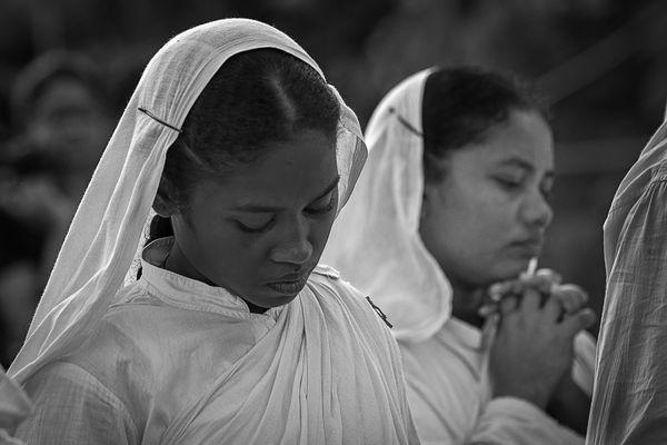 Prayer during all souls day thumbnail