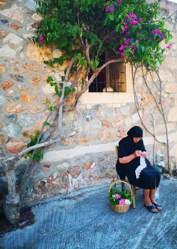Life in a Cretan village thumbnail