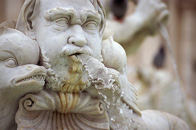 Piazza Novona fontana dei fiumi Rome Italy