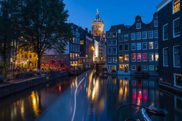 The night lights of Amsterdam. thumbnail