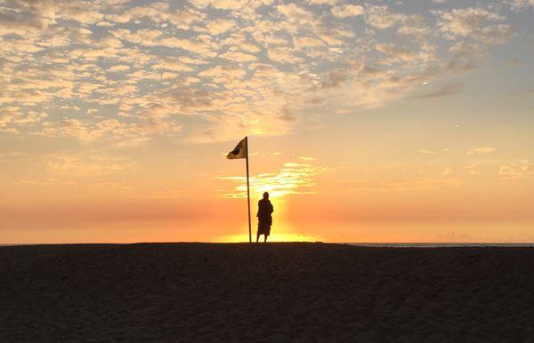 Flagman on Assategue Island thumbnail