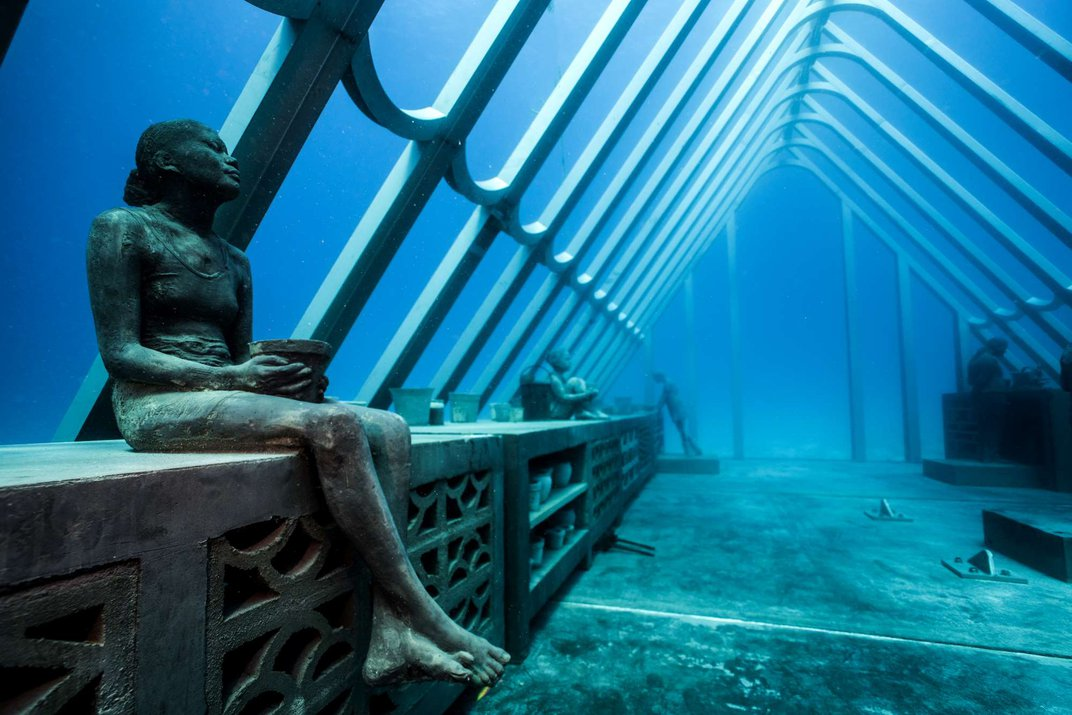 This Sculpture Takes the Great Barrier Reef's Temperature