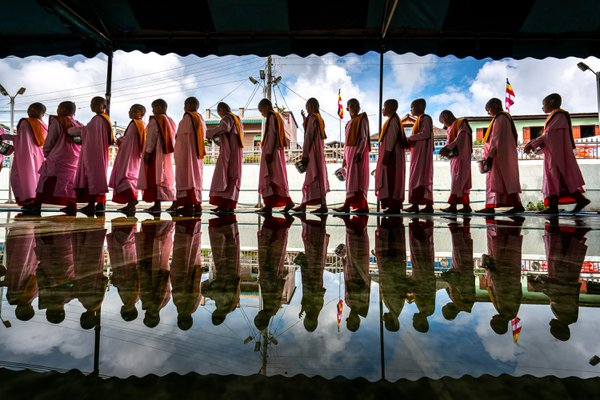 Buddhish nuns are going to donation centre in myanmar thumbnail