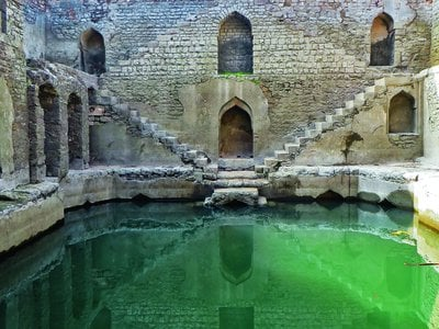 Ujala Baoli, Mandu, Madhya Pradesh. Late 15th/Early 16th century. Location: 22°21'29.87'' N, 75°23'45.36'' E.