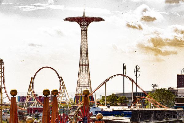 Luna Park at Coney Island (2020) thumbnail