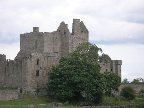 Craigmillar Castle thumbnail