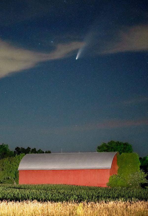 NEOWISE Comet at Joe Fenn's Farm. thumbnail