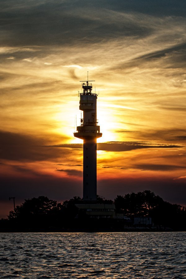 Sulina lighthouse in the sunset thumbnail