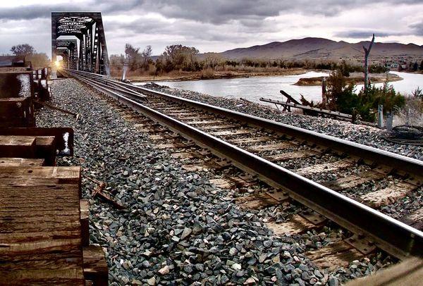 comin' down the tracks thumbnail