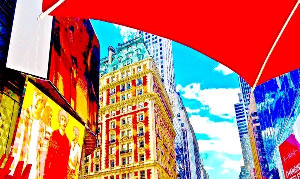 Manhattan Street Scene thumbnail