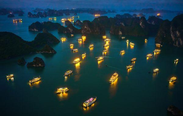 NIGHT ON Ha Long Bay thumbnail