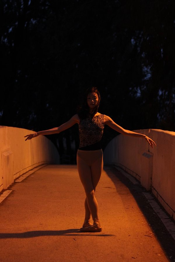Ballet Dancer- Golden Light thumbnail