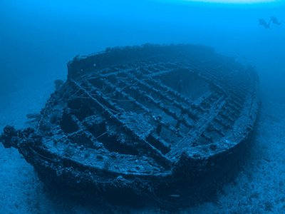 Divers can explore the wrecks of 14 warships, including theHMSMajesticand HMSTriumph.
