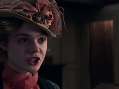 Elle Fanning as author Mary Shelley