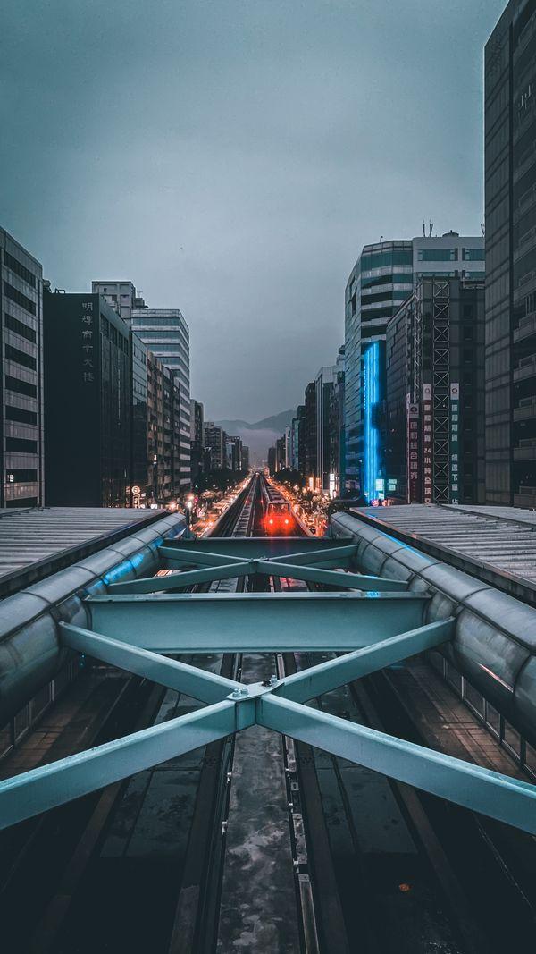 雨天的捷運 thumbnail
