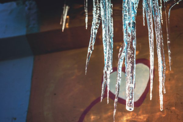 Icicles with love thumbnail