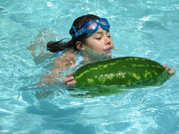Swimming is more fun with cool swimming aid. thumbnail
