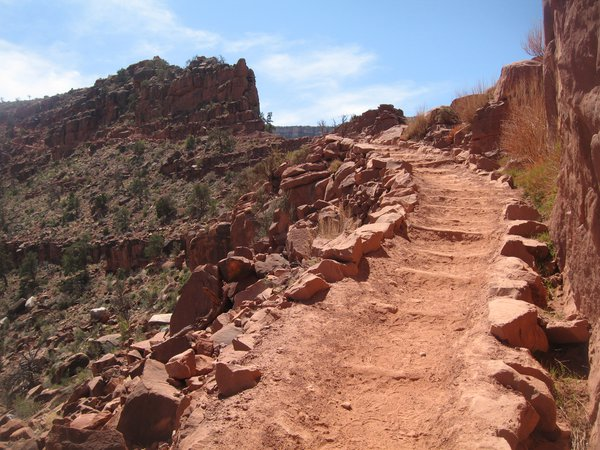 Hiking out the Kaibab Trail thumbnail