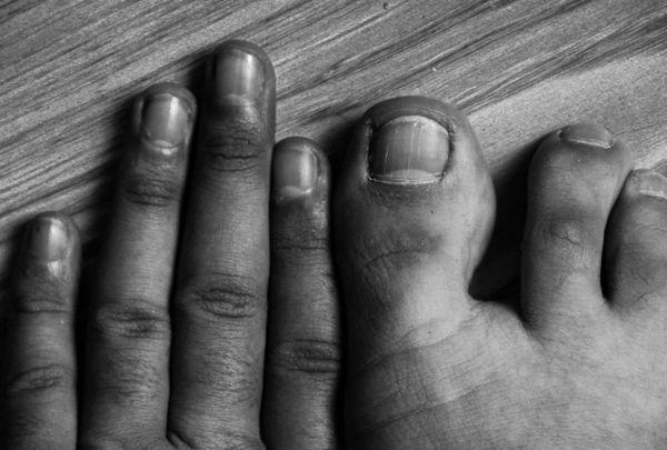 Fingers Portrait thumbnail