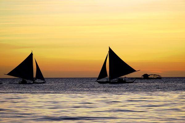 sundown at Boracay island thumbnail