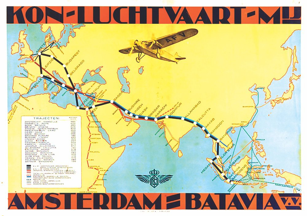 The Sleek History of Airline Maps