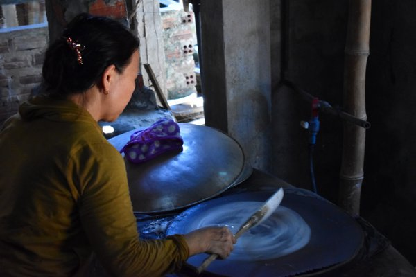 Woman Making Rice Paper thumbnail
