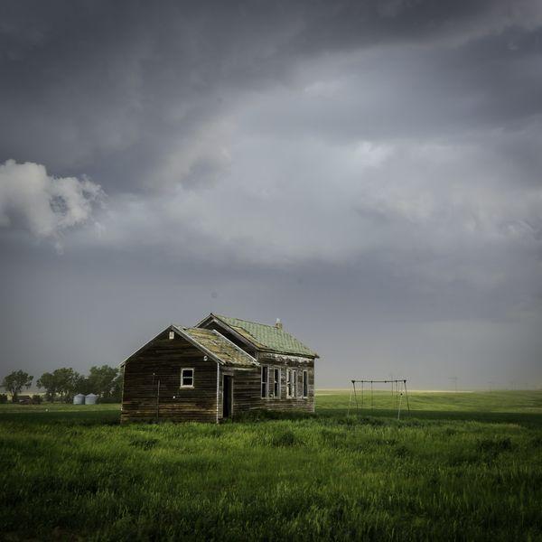 Long Abandoned Home on the Plains thumbnail