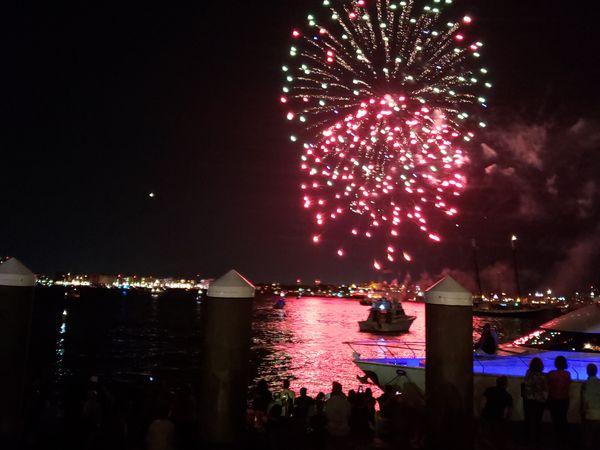 Fireworks in Boston thumbnail