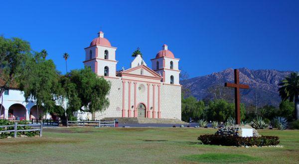 Santa Barbara Mission, California thumbnail
