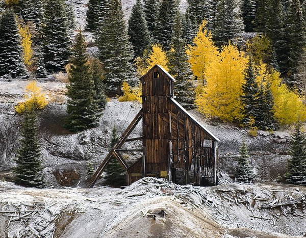 Old Mine on Red Mountain Pass thumbnail