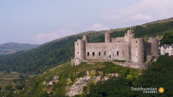 Preview thumbnail for Why Wales Is the Place to Go for Medieval Castles