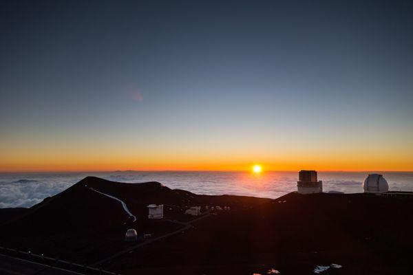 The Sunset on the Mauna Kea thumbnail