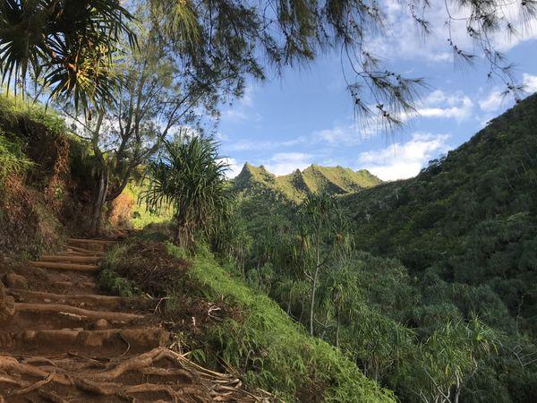 Kalalau Trail in Na Pali Wilderness State Park thumbnail