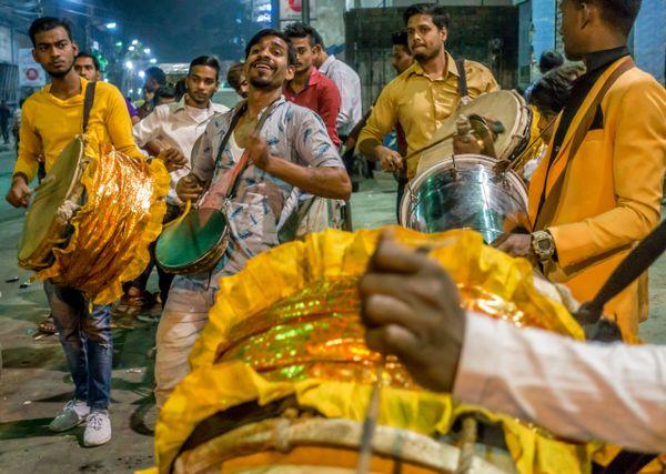 Street performers – Kolkata thumbnail