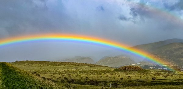 A Beautiful Rainbow over Lahiana, Maui Hawaii thumbnail