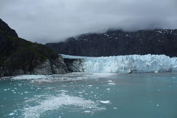 Alaskan Glacier Mountainside thumbnail