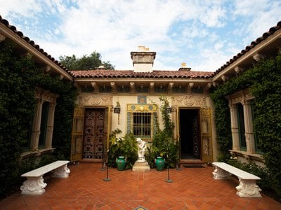 Architect Julia Morgan is best known for California's Hearst Castle.