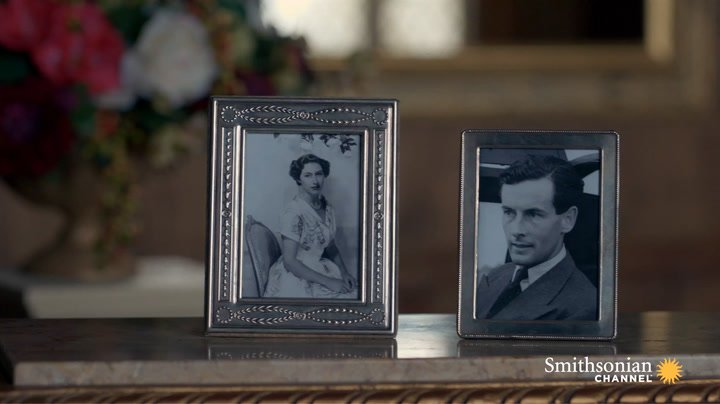 Preview thumbnail for video 'Why Queen Elizabeth Hit Pause on Princess Margaret's First Love