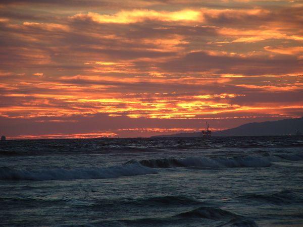 Pacific ocean, from Huntington Beach State Park thumbnail