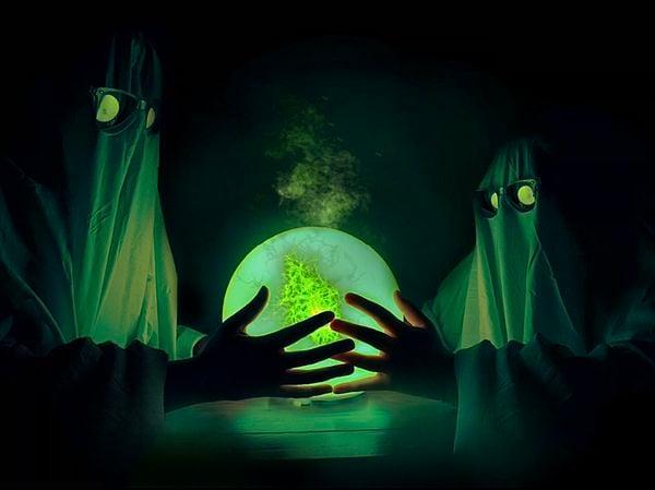 Two Ghost, 1 Crystal Ball thumbnail