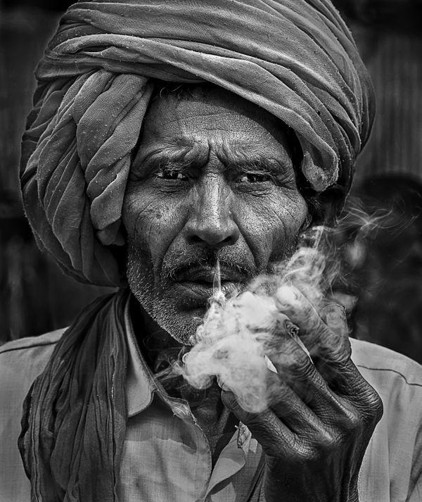 Pilgrim of Smoke thumbnail