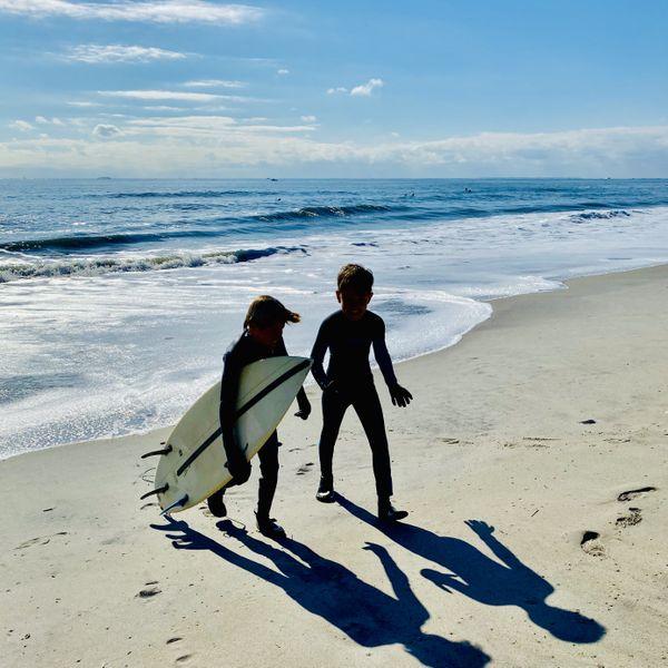 kids surfing thumbnail