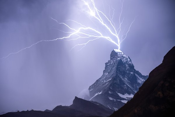 Lightning on the Matterhorn thumbnail