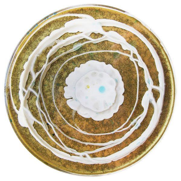 Every Day a Different Dish: Klari Reis' Petri Paintings