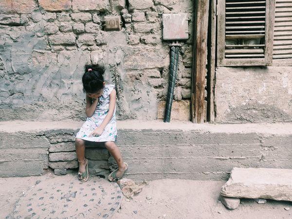 Lonley child against poverty thumbnail