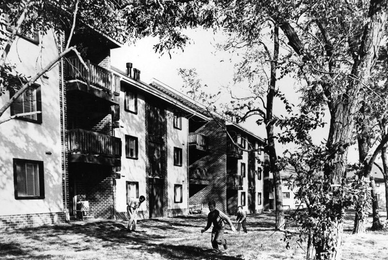 Undated photograph from the Department of Housing and Urban Development of the new town of Columbia, Maryland (Mason Archive Repository Service)