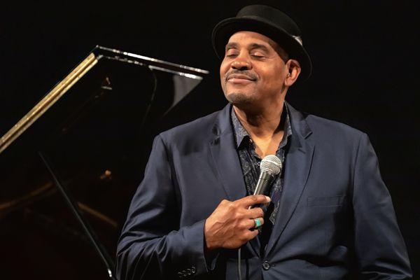 American jazz singer Allan Harris thumbnail