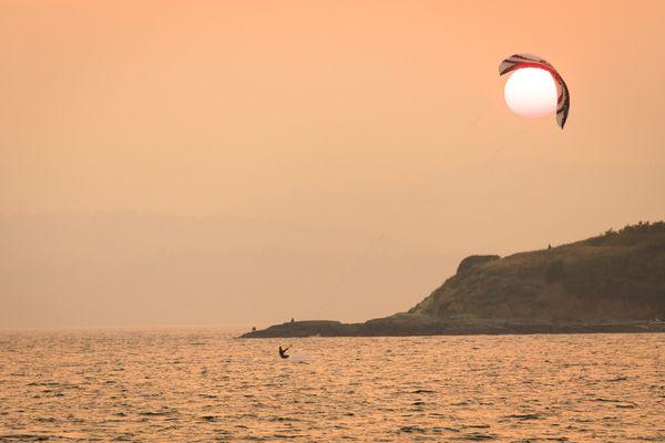 Kite surfer thumbnail