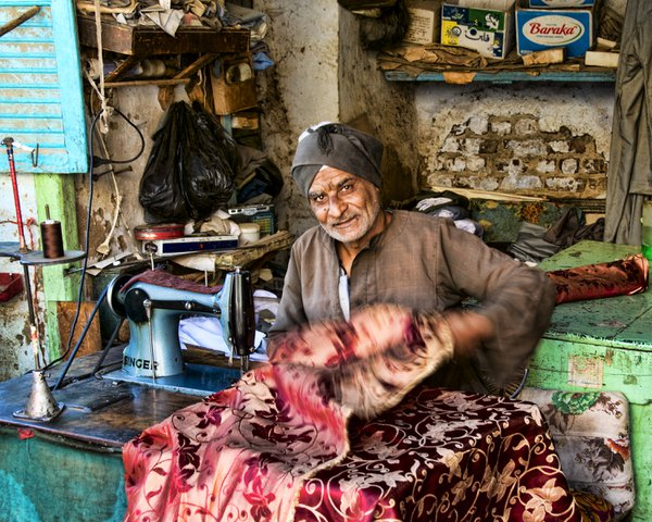 A tailor at work in Esna, Egypt thumbnail