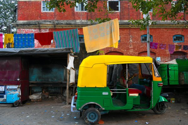 An autorickshaw in Kolkata thumbnail